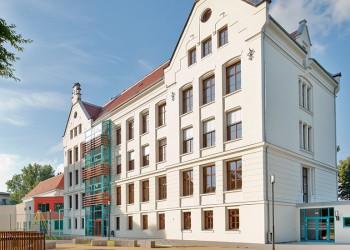 Hort-Wilhelm-Busch-GS-aussen